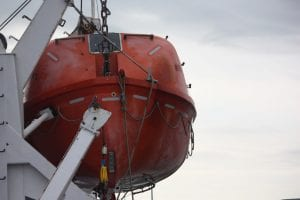 Maritime Mutual Risk Bulletin No. 21 - Lifeboat / Davits Maintenance